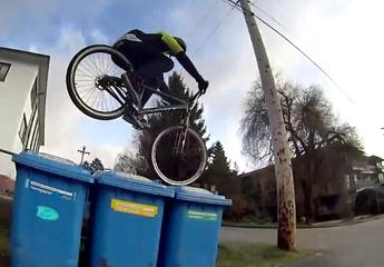 News video: Brett Rheeders Air & Alleys - Mountainbike